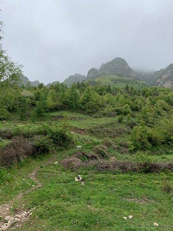 Zhang County, Chine : 遮阳山