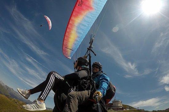 达沃斯滑翔伞为2名乘客 - 一起在空中! (包含图片)