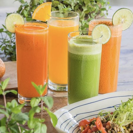 fresh-squeezed fruit and veggie juices