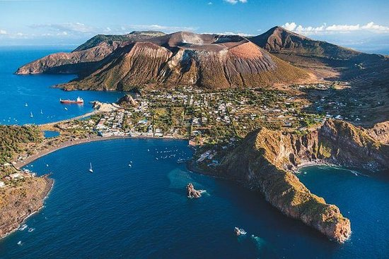 Vulkantour mit Verkostung von Malvasia