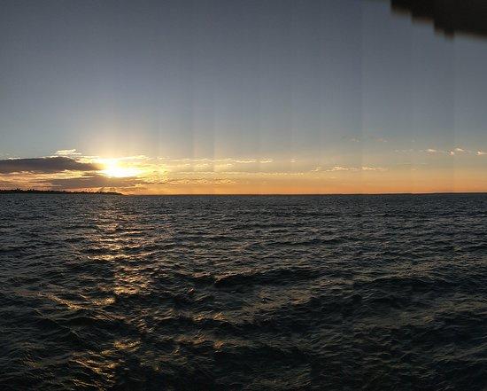 Hervey Bay Sunset Cruise – snímka