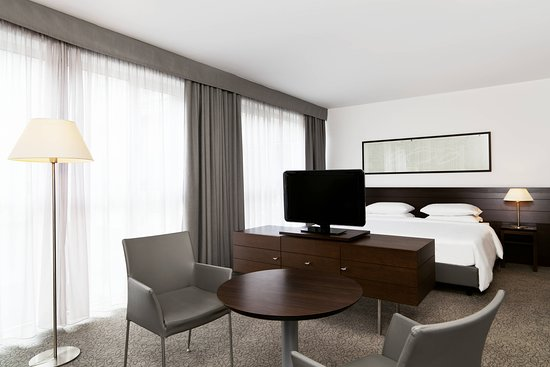 Four Points by Sheraton Bolzano: Suite