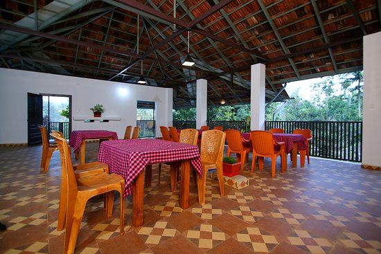 Meenangadi, อินเดีย: A multipurpose hall with 3 balconies which provides a splendid view of vast coffee plantation