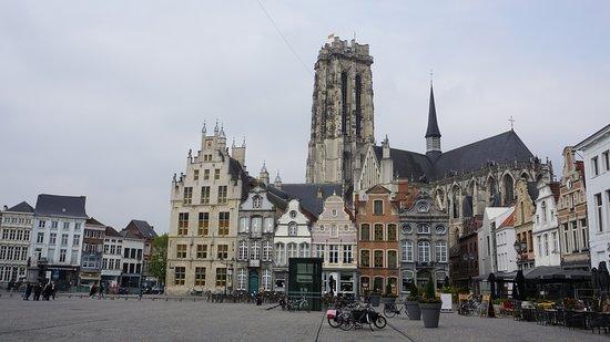 Mechelen, Belgicko: Grote Markt Mecheln, Belgien