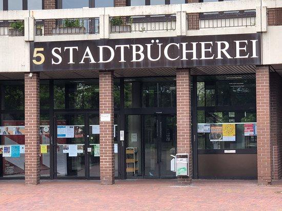 Ruesselsheim, Duitsland: Stadtbücherei Rüsselsheim