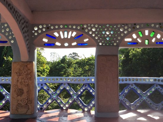 San Pedro Columbia, Belize : Look at the exquisite designs and the sheer beauty of it.