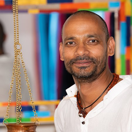 آنجليه, فرنسا: Raj, masseur ayurvédique et prof de yoga 