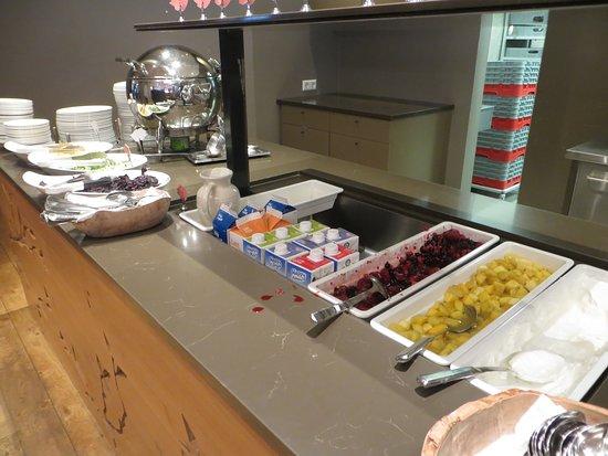 Fosshotel Reykjavik: Breakfast fruit