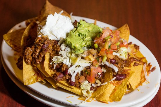Beechmont Tavern: Chili Nachos !