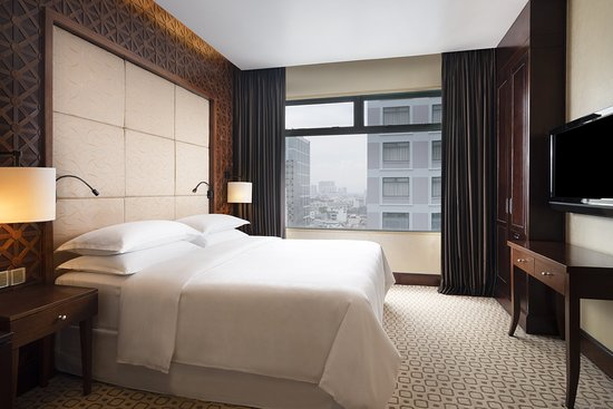 Sheraton Saigon Hotel & Towers: Suite