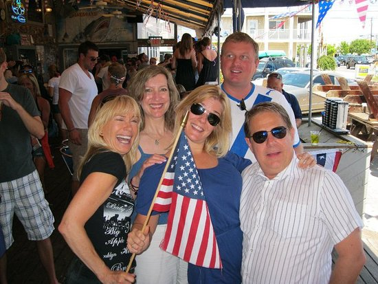 Dewey Beach, DE: Patriotic friends
