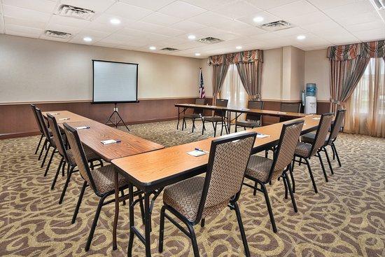Holiday Inn Express Harrington: Meeting room