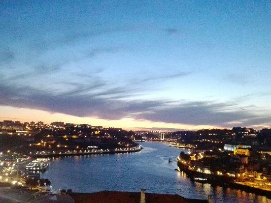 Smullen op een mooie plek in Porto