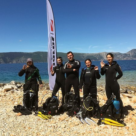 Linardici, โครเอเชีย: Buborék diving spot is the best place to learn. Professional team makes the dive memorable.