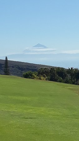 Hotel Jardin Tecina: ....vom Golfplatz Richtung Teneriffa /Teide