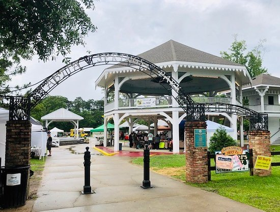 Abita Springs Art & Farmers Market