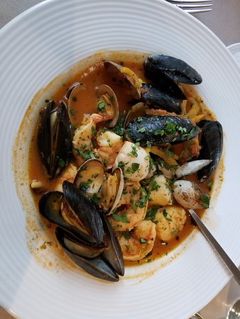 Lyme, NH: Seafood Stew, absolutely delicious and a huge meal
