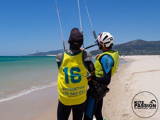 Tarifa, Španija: kitepassion lessons, flat water, perfec wind and Paradise.