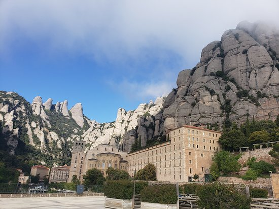 Montserrat Monastery with Cava Wine Tasting Small Group Tour from Barcelona: Montserrat