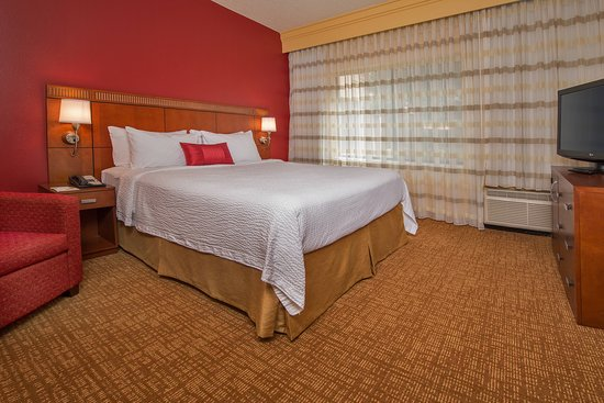 Courtyard by Marriott Annapolis: Suite