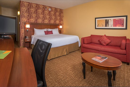 Courtyard by Marriott Annapolis: Guest room