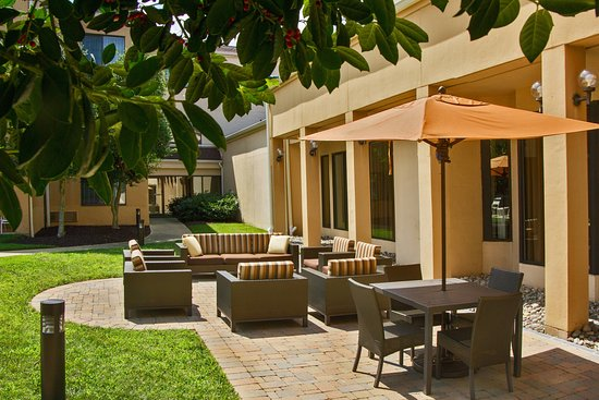 Courtyard by Marriott Annapolis: Exterior