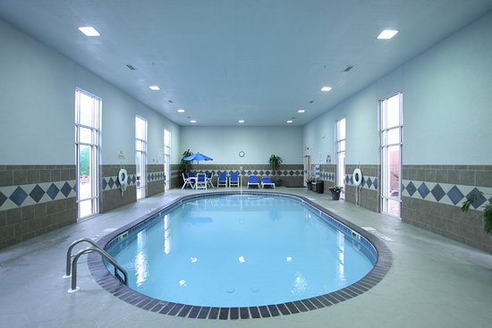 Holiday Inn Express Fort Smith: Pool