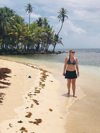 Isla Naranja Chico, Panama: Off the grid