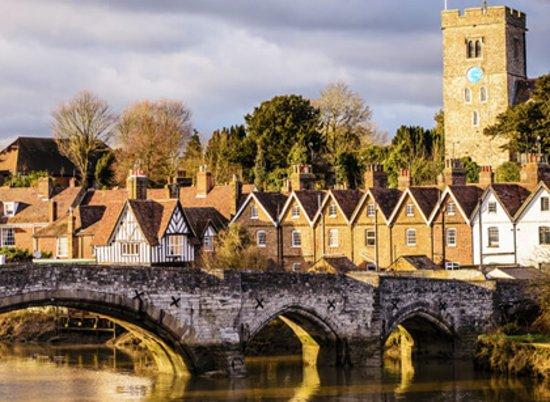 Αγγλία, UK: England - The most beautiful place to visit and spend your time. Enjoy your vacations, holidays and leisure time!