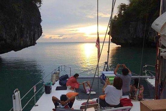 Langkawi Andaman Sea Sunset Cena...