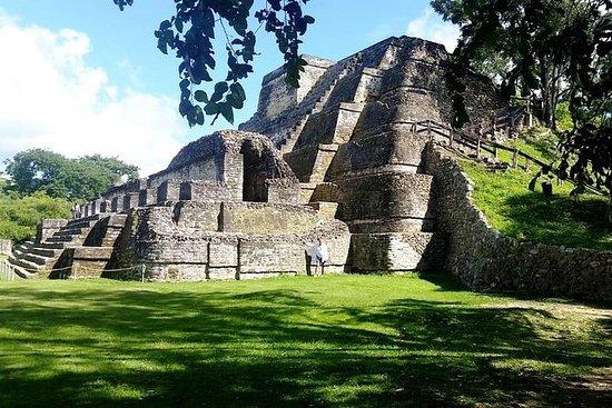 Teen girls Belize City