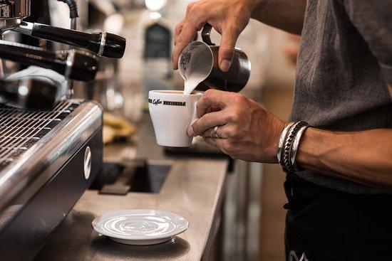 Adrianos Bar & Cafe, Bern - Đánh giá về nhà hàng - Tripadvisor