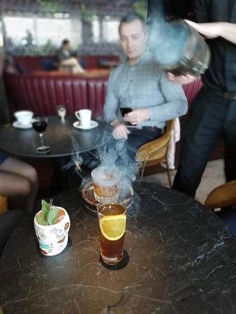 Коктейль на основе виски Oak&Smoke