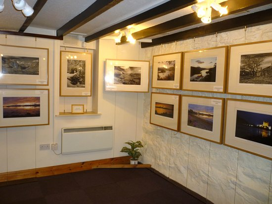 Dunkeld, UK: Photograph gallery down the stairs