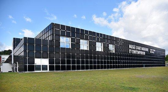 Musee d'Art Moderne et Contemporain de Saint-Étienne Métropole