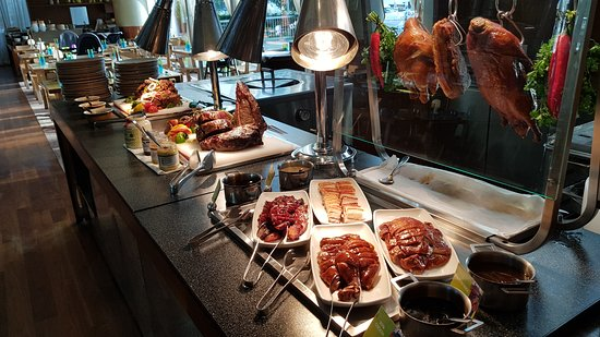 Amazing Wagyu Beef Station At Kitchen Table Easter Sunday Brunch Picture Of The Kitchen Table Sentosa Island Tripadvisor