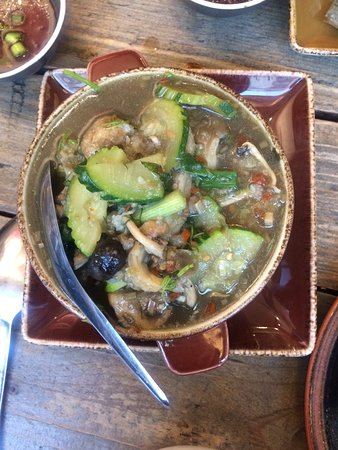 Lao Cafe: Mixed mushrooms soup