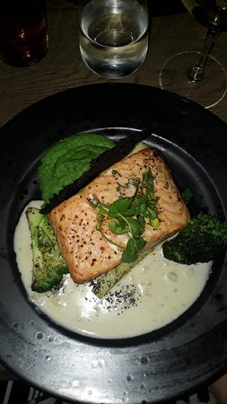 The Olive Kitchen & Bar: Best salmon ever