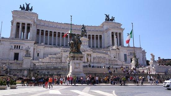 Monumento a Vittorio Emanuele II: palacio