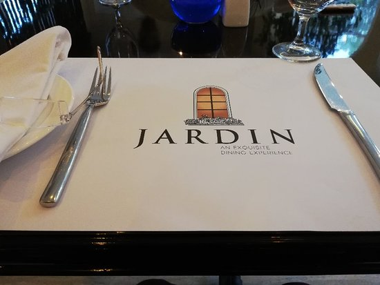 Jardin Iftari and dinner. Exquisite style restaurant with good food, stylish ambience, prompt service