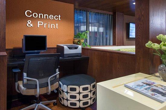 Fairfield Inn & Suites by Marriott Jacksonville: Business center