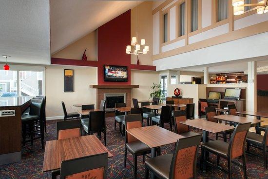 Residence Inn by Marriott Long Beach: Restaurant