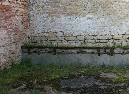 Saint-Ambreuil, Frankrike: Saint Ambreuil : Restauration de l'ancienne abbaye de la Ferté et des communs du château