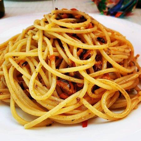 """Spaghetti aglio, olio, peperoncino e """"muscoli"""""""