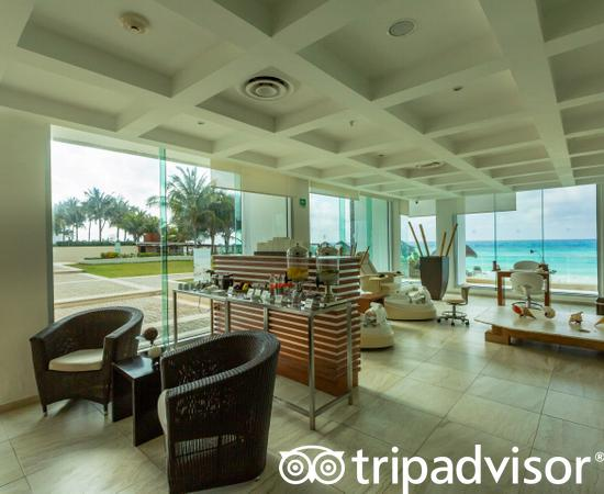 Spa at the Reflect Cancun Resort & Spa