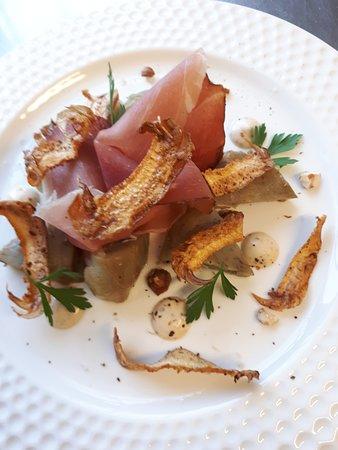 Saint-Vit, Francja: menus variés avec des produits de saison