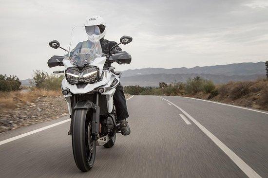 BILLYGOATGARAGE motorbike rentals in Málaga & tours