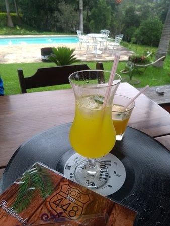 Santa Barbara do Tugurio, MG: Drink Maracujá com manjericão - Especialidade Rota Bar 448
