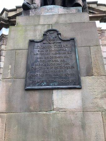 Disraeli Monument