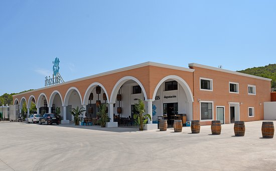 San Rafael, España: The Ibikus Wines cellars, café and offices